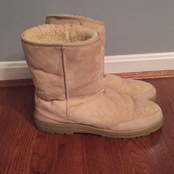 e1493da87f0 Men's vintage UGG boots, real sheepskin and wool
